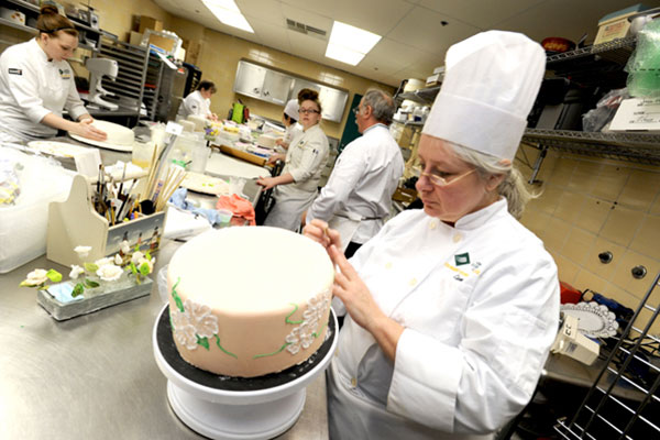 qualifications for pastry chef