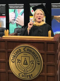 Secretary of State Ruth Johnson speaking at the 2018 OCC Commencement.